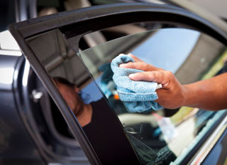 Professional or DIY window tint installation: which one is better?